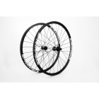 "SPARKPIECE XC 29"" superlight carbon asymmetric wheelset with Extralite Straightpull hubs, Sapim CX-Ray spokes 1227g / Make It Unique program"